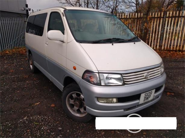 Toyota HiAce Regius 3.0 D Auto - 8 seater with long MOT – V RARE !