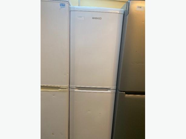 white beko fridge freezer with 3 months warranty