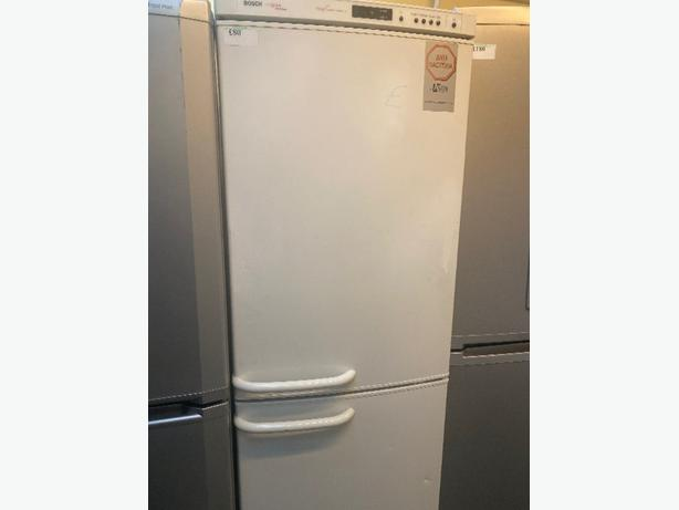 white bosch logik fridge freezer with 3 months warranty