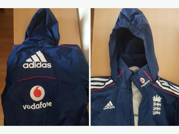 Adidas England Rain Jacket. Kids size 28/30