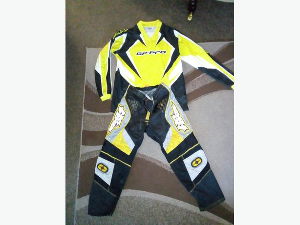 kid's Motocross top and bottoms.