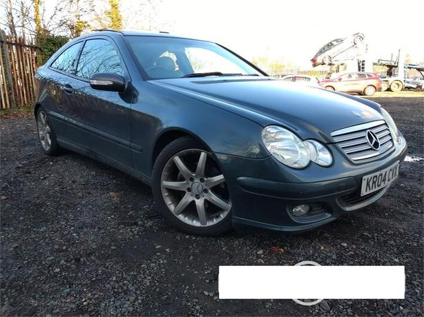 Mercedes C220 CDi SE Auto 3dr hatch - fully loaded with FSH !