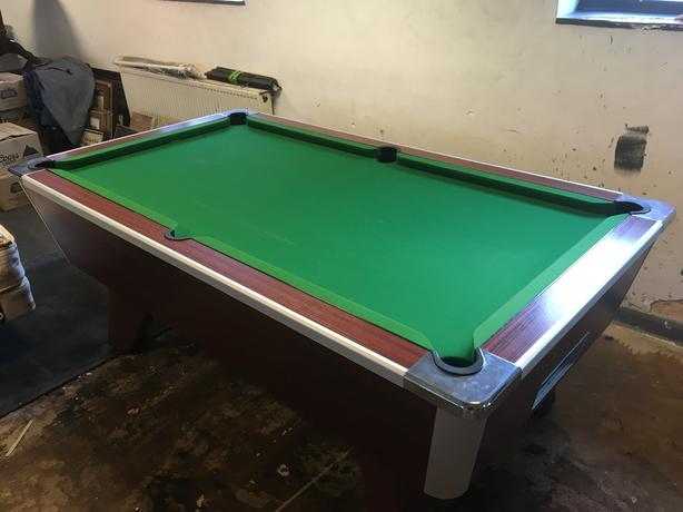 Supreme Winner Pool Table