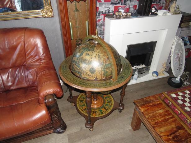 Very old globe bar