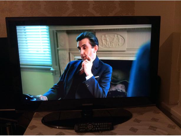 40 INCH SAMSUNG LCD TV MODEL LE37A456C2D