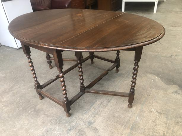 SOLID OAK DROP LEAF DINING TABLE ~~ BARLEY TWIST LEGS ~~ WE CAN DELIVER
