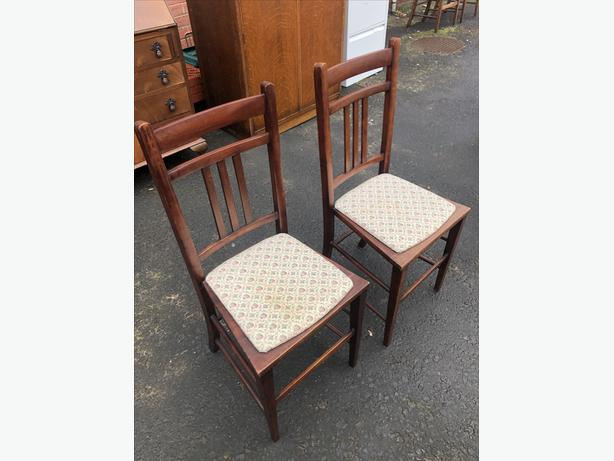 PAIR OF SOLID MAHOGANY BEDROOM \ DINING CHAIRS ~ REUPHOLSTERED ~ WE DELIVER