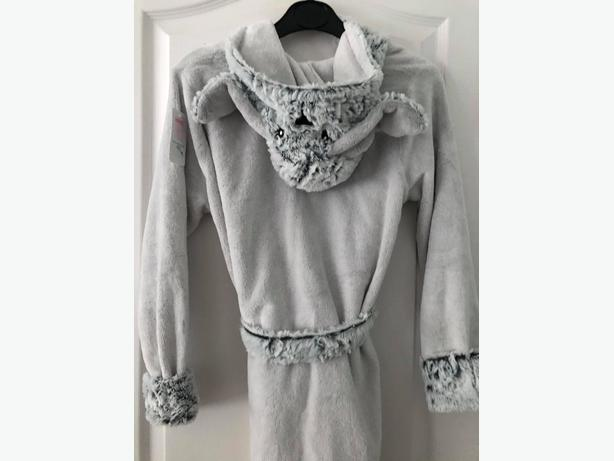 dressing gown 11-12 BRAND NEW