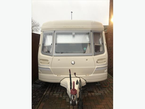 2 BERTH AVONDALE WITH MOTOR MOVER