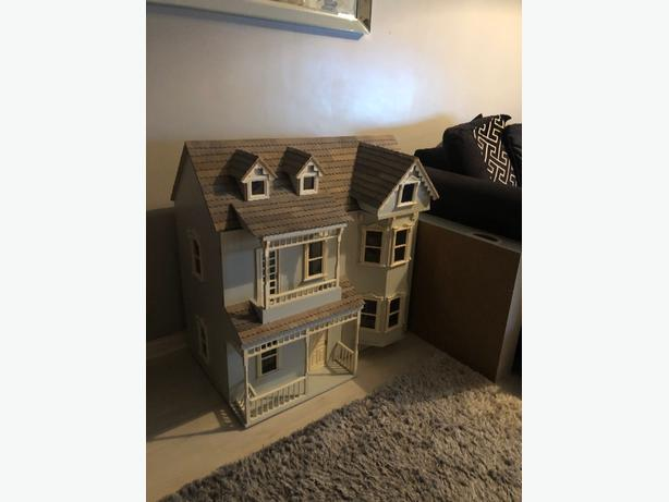 dolls house with lights