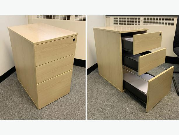 3 Desk Drawer Unit (great condition) Only £15 (worth £40)