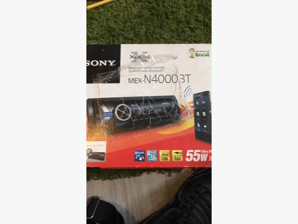 SONY CAR STEREO BOXED WITH BLUETOOTH USB AUX