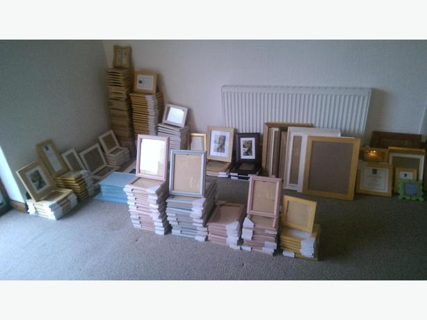 224 New Picture Frames for Sale