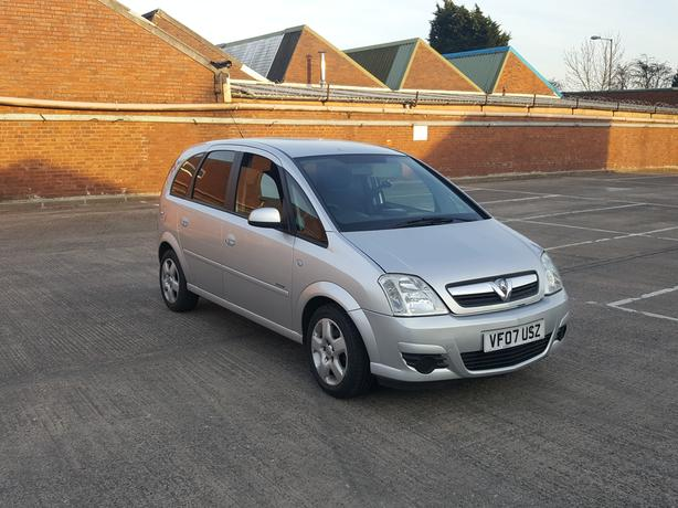 Automatic Meriva 1.6, 5 dr low mileage, long mot, great drive, cambelt changed