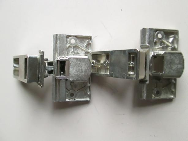 00031845 Bosch SIEMENS Machine Cupboard Door Built In Integration Hinges x2