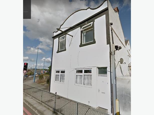 *B.C.H*-1 Bed Flat-St Annes Rd, CRADLEY HEATH