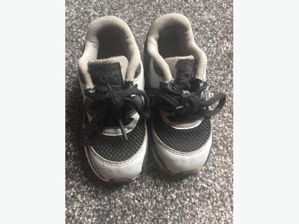 Black and Grey Airmax - Size 7.5
