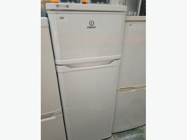 Indesit Fridge Freezer, White colour,3 months warranty.