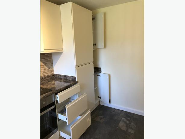Used Kitchen Units CREAM and Appliances