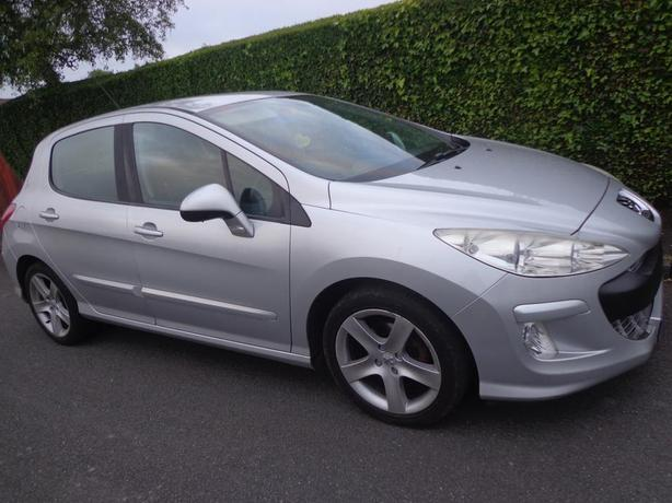 6 speed 58 reg top spec peugeot 308 1.6 hdi diesel+mot+tax+DELIVERY