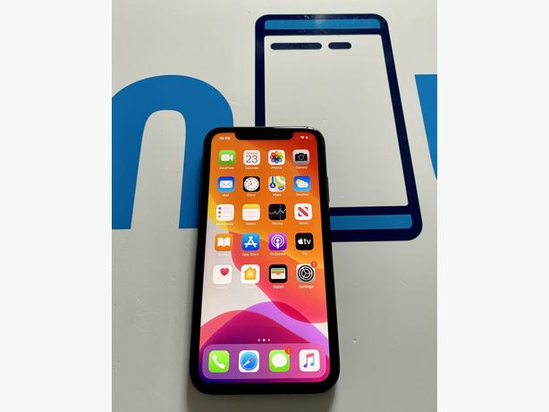 iPhone 11 64GB unlocked to all networks BLACKLISTED UK