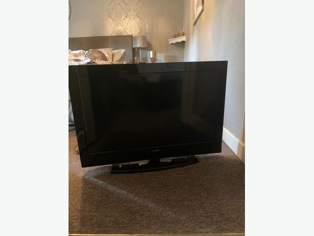 37 inch hd tv+freeview+remote+DELIVERY