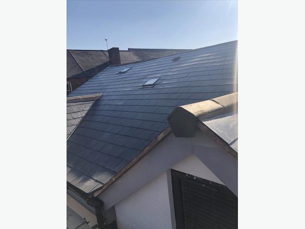 Roofers labour