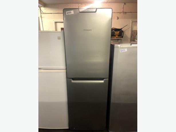 HOTPOINT FRIDGE FREEZER WITH GUARANTEE/IMMACULATELY CLEAN 🇬🇧🇬🇧