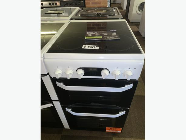 PLANET APPLIANCE - REDUCED PRICES!! 50CM WHITE HOTPOINT ELECTRIC COOKER