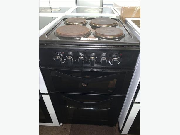 PLANET APPLIANCE - PRICE REDUCED!! BLACK 50CM ELECTRIC PLATED COOKER