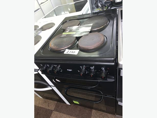 PLANET APPLIANCE - 50CM BLACK BUSH ELECTRIC PLATED COOKER