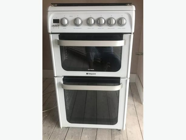 Hotpoint Ultima gas cooker like new