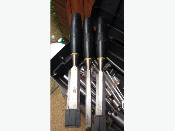 3 Stanley Wood Chisels