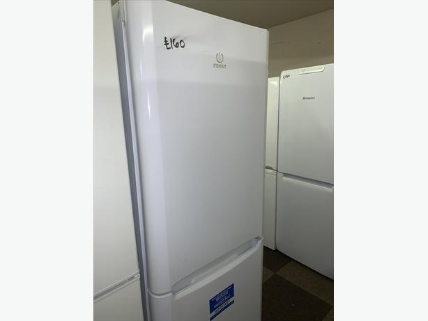 PLANET APPLIANCE - WHITE INDESIT FRIDGE FREEZER WITH WARRANTY INCL