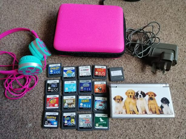 Nintendo DS Lite Massive Bundle!