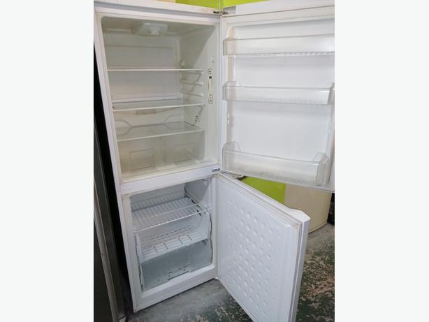 Beko Fridge freezer white 3 months warranty at Recyk