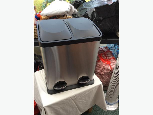Double kitchen bin