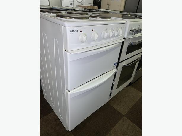 PLANET APPLIANCE - 50CM BEKO ELECTRIC PLATED COOKER WITH WARRANTY