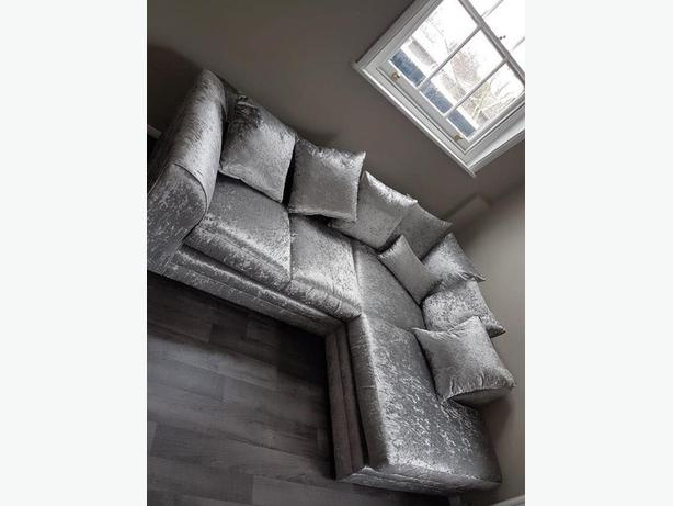 FREE DELIVERY-BRANDNEW CORNER SOFA-choice of colours