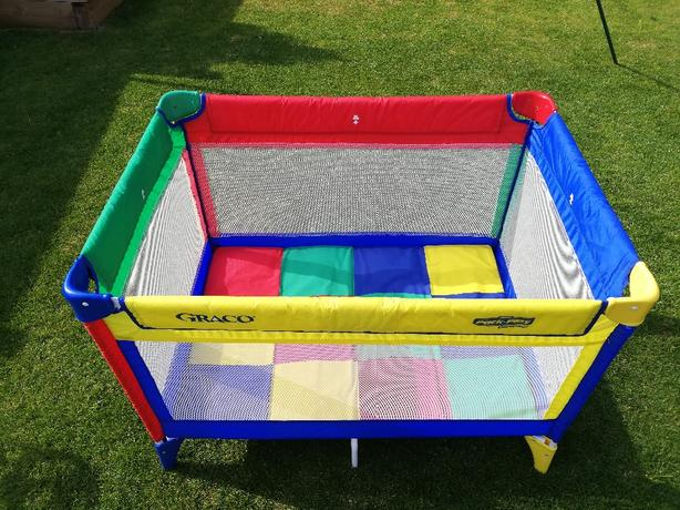 Graco travel cot/play pen for sale