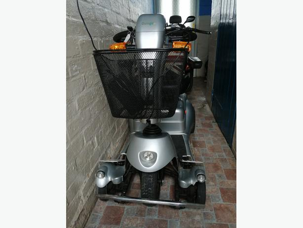 QUIN GO PLUS MOBILITY SCOOTER