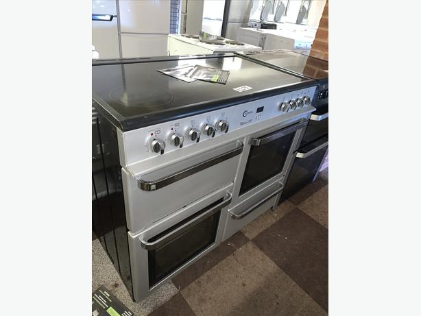 PLANET APPLIANCE - SILVER ELECTRIC COOKER WITH WARRANTY