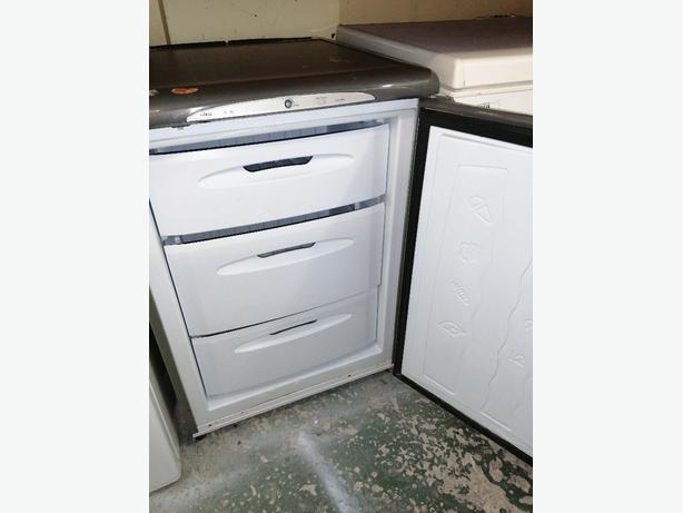 Hotpoint freezer 3 drawers 3 months warranty at Recyk