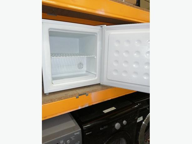 Russell hobbs freezer with warranty at Recyk Appliances