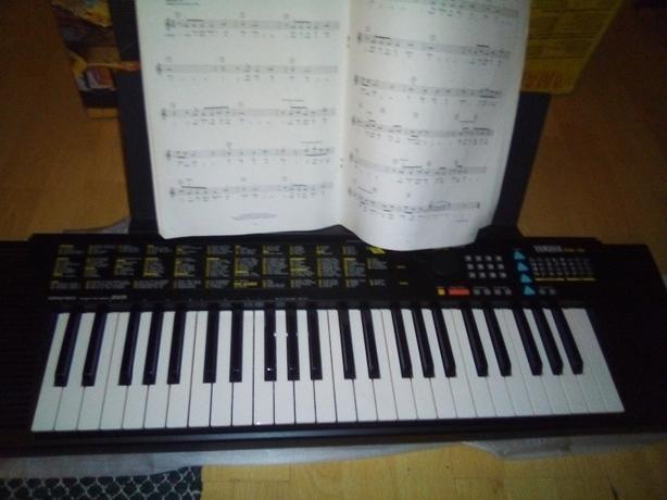 yamaha psr 110 keyboard