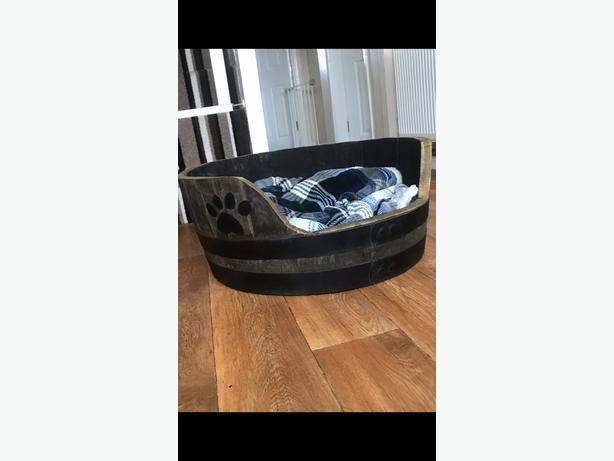 hand made whisky barrel dogbed