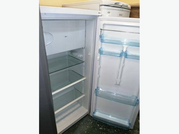 Lec Larder fridge white with warranty at Recyk 🇬🇧