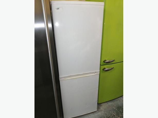 Curry's fridge freezer white 3 months warranty