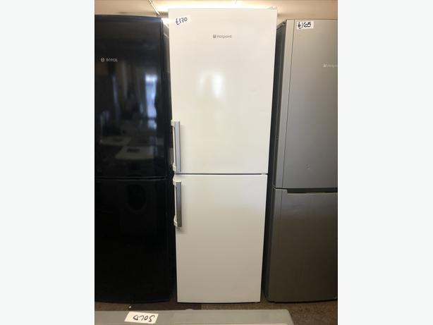 PLANET 🌍 APPLIANCE- HOTPOINT FRIDGE FREEZER- GREAT CONDITION