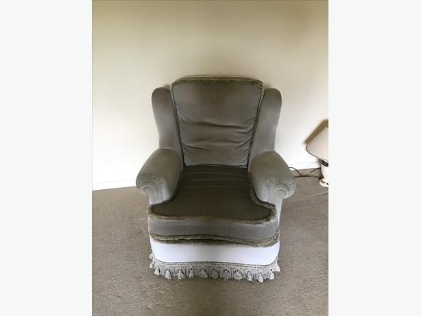 FREE Three Piece Suite & Footstool